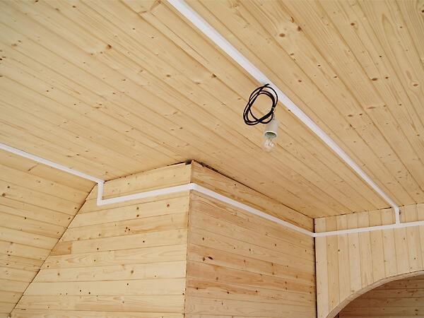 Прокладка провода в кабель канале